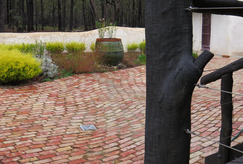 drainage around a straw bale house