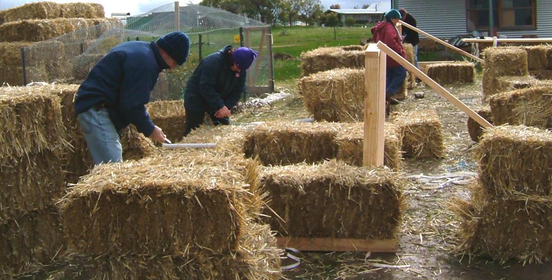 straw bale building workshop